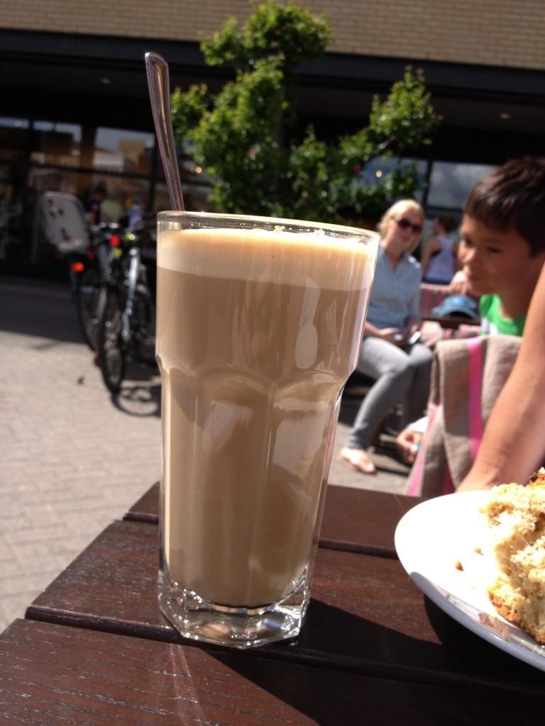 Latte-i-glass